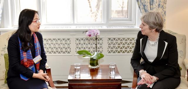 Sun Yafang Theresa May