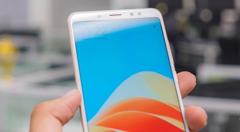 Beklenen telefon Xiaomi Mi Note 5 fiyat ve özellikleri ile karşımızda!