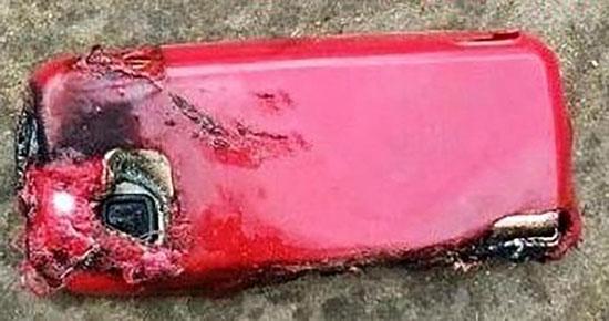 Bu Defa Nokia Patladı!!!