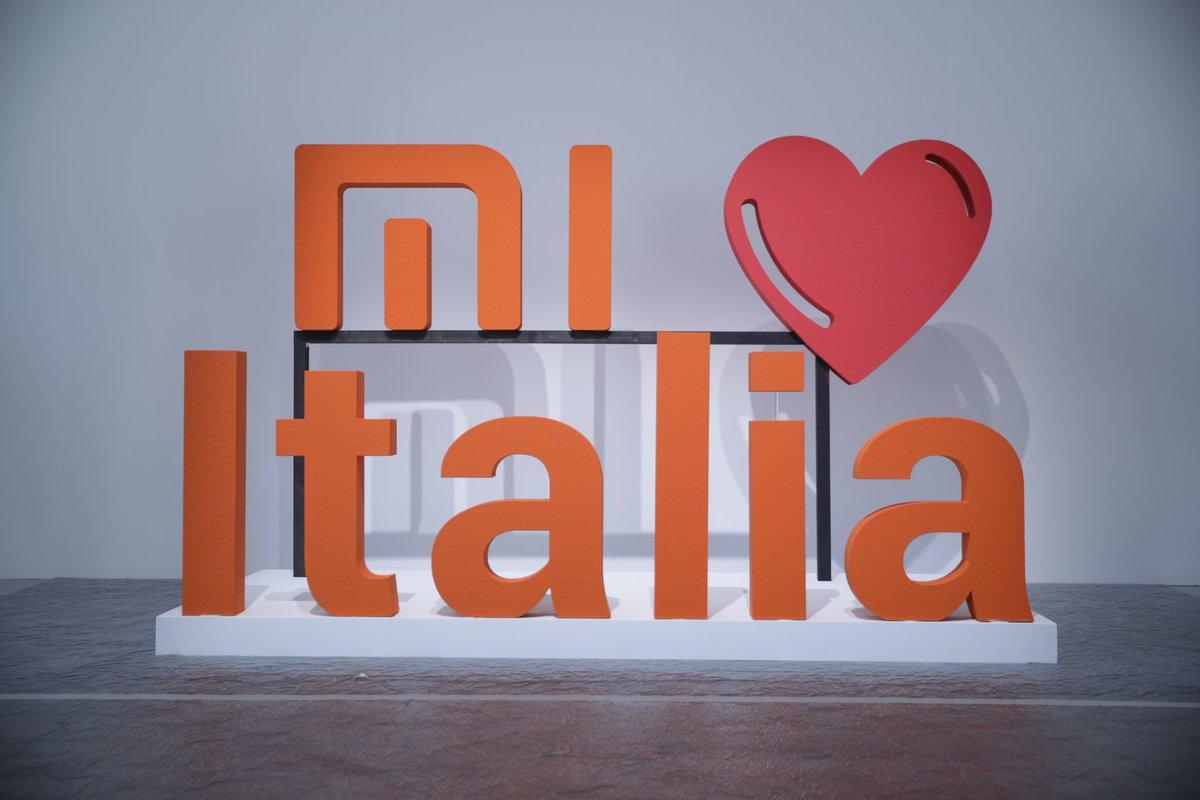 Xiaomi İtalya mağazası resmen açıldı!