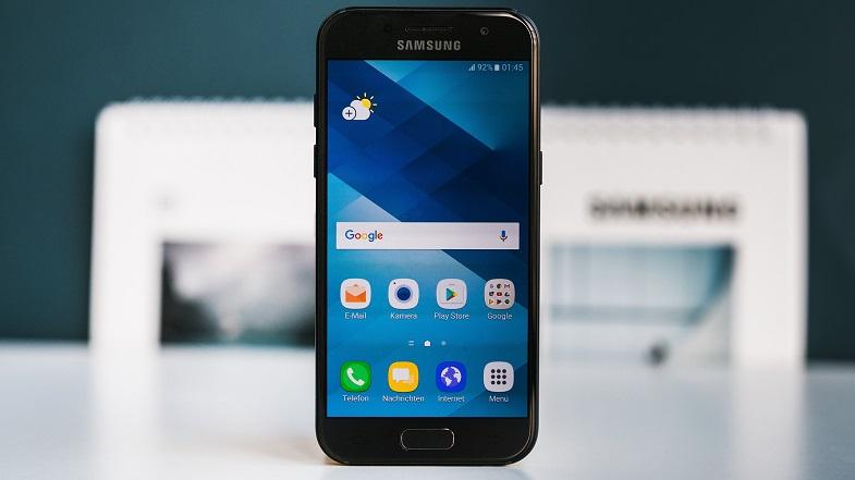 Galaxy A 2017 serisi için Android Oreo güncellemesi nihayet Türkiye'de