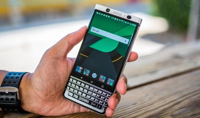 BlackBerry KEYone Android Oreo güncellemesi ertelendi! Beta programı başlıyor