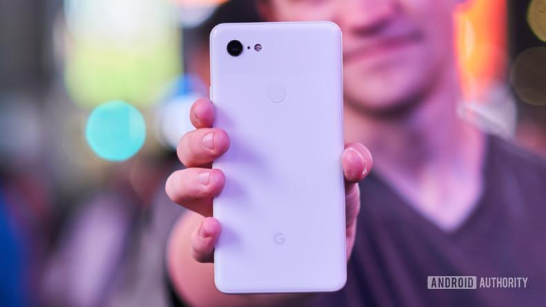 Google Pixel 3 XL DxOMark puanı belli oldu! Feleğin çemberi bu olsa gerek!