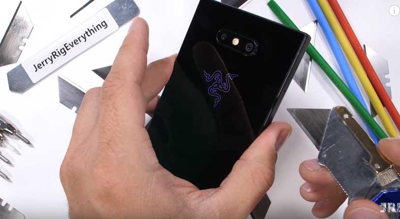 Razer Phone 2 işkence testi!