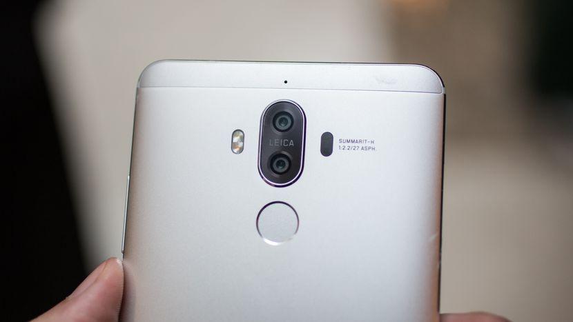 Ve Huawei Mate 9 için beklenen güncelleme başladı