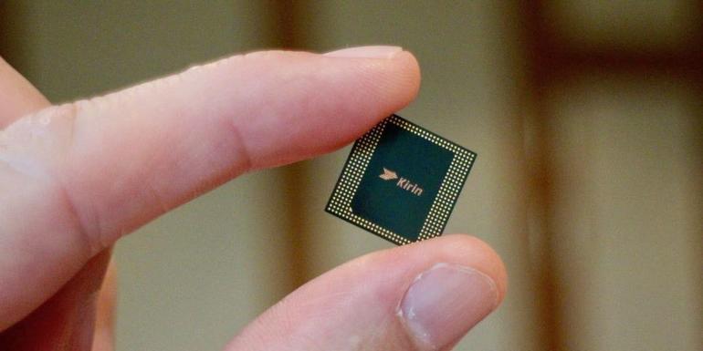 Huawei Mate 40 işlemcisi Kirin 990 yonga seti ile ilgili ilk bilgiler geldi!