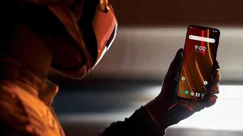 OnePlus 6T McLaren Edition ışık hızında şarj olacak