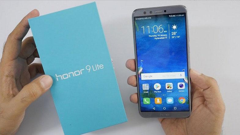 Honor 9 Lite uygun fiyatıyla ile yeniden A101'de