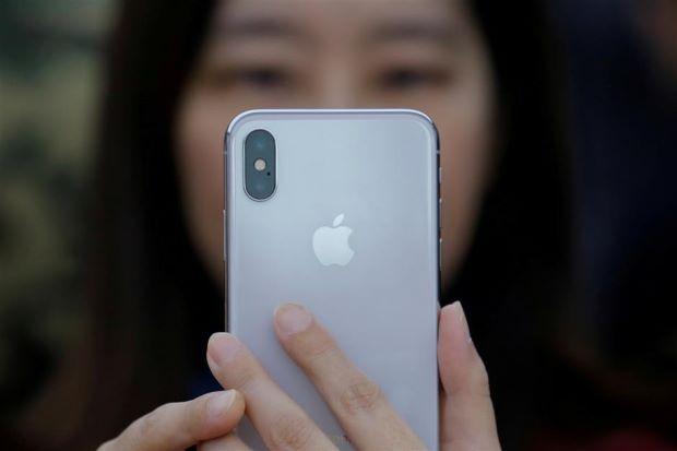 Apple iPhone fiyatları düşürdü