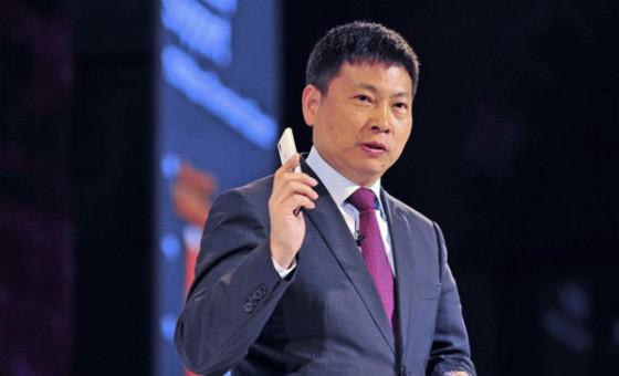 Huawei CEO'su Yu Chengdong verdi veriştirdi! Android'e muhtaç değiliz!