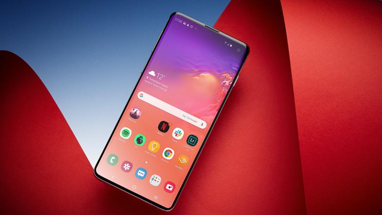 Samsung Galaxy S10 serisinin Türkiye fiyatı sert düştü