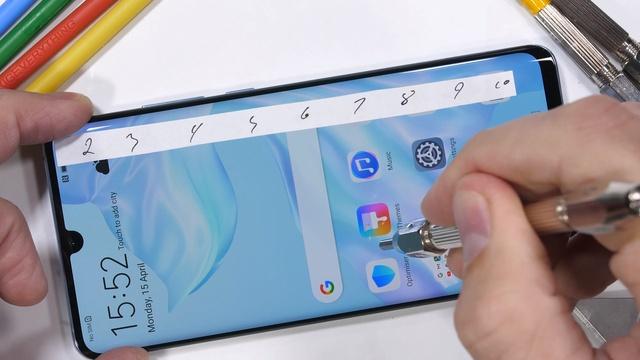 Huawei P30 Pro dayanıklılık testinde [Video]