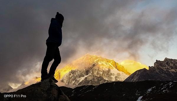 Oppo F11 Pro ile Everest dağına tırmandılar! Bizimki de hayat mı?