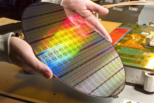 Samsung 3 nanometre üretim sürecini açıklıyor! Şimdi TSMC düşünsün!