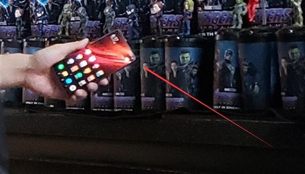 Redmi CEO'su Snapdragon 855 kullanan Redmi telefondan mesaj gönderdi!