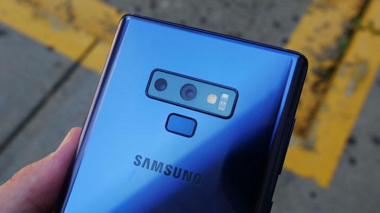 Samsung Galaxy Note 9 Türkiye'de yeni bir güncelleme alıyor