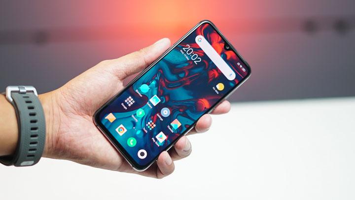 Xiaomi Mi 9 SE kullanıcıları son güncellemeyi sakın yüklemeyin