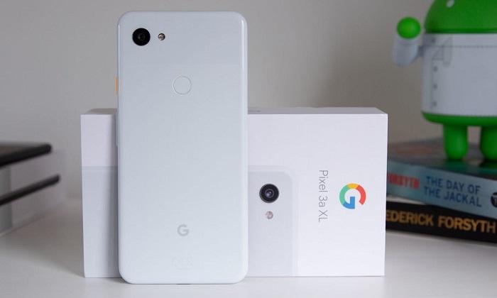 Google'ın yüzünü Pixel 3a güldürdü! Pixel 4 de ağlatır