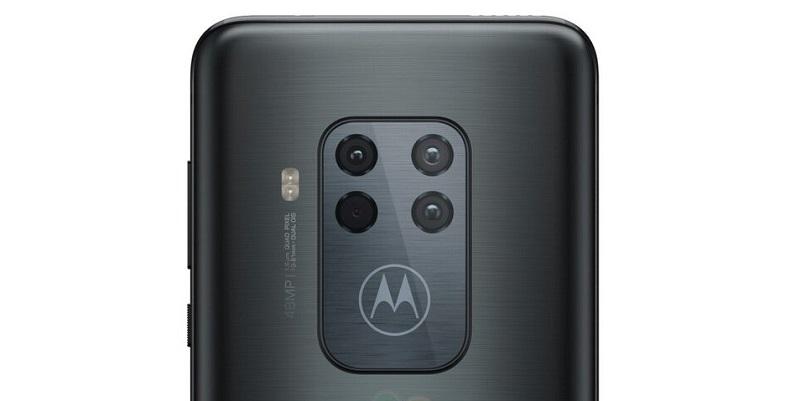 Dört arka kameralı Motorola One Zoom karşınızda!