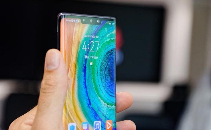 Huawei Mate 30 Pro cephesinden kötü bir haber daha geldi