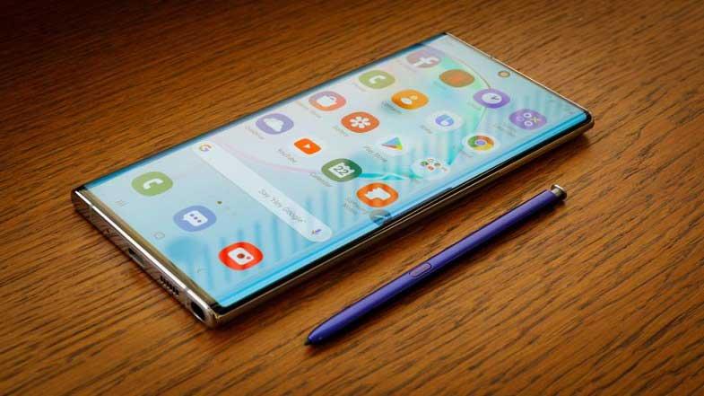 Galaxy Note 10'un ucuz versiyonu yola çıktı! iPhone 11'e rakip mi?
