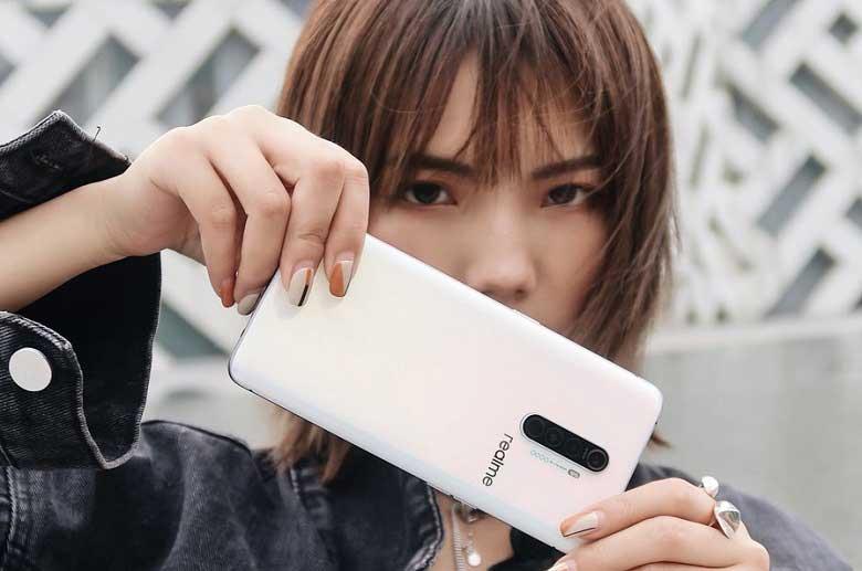 Realme X2 Pro fiyatı çok sert düştü! Fiyat bakın ne oldu?