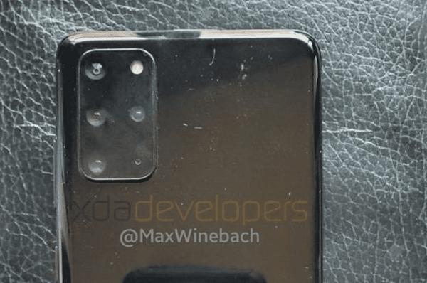 Samsung Galaxy S20 Plus 5G kanlı canlı karşımızda