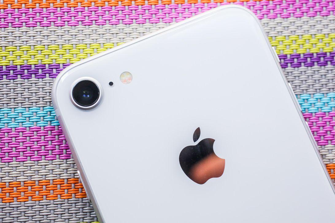 iPhone 9 bomba gibi geliyor! 3 GB iOS'i deli eder!