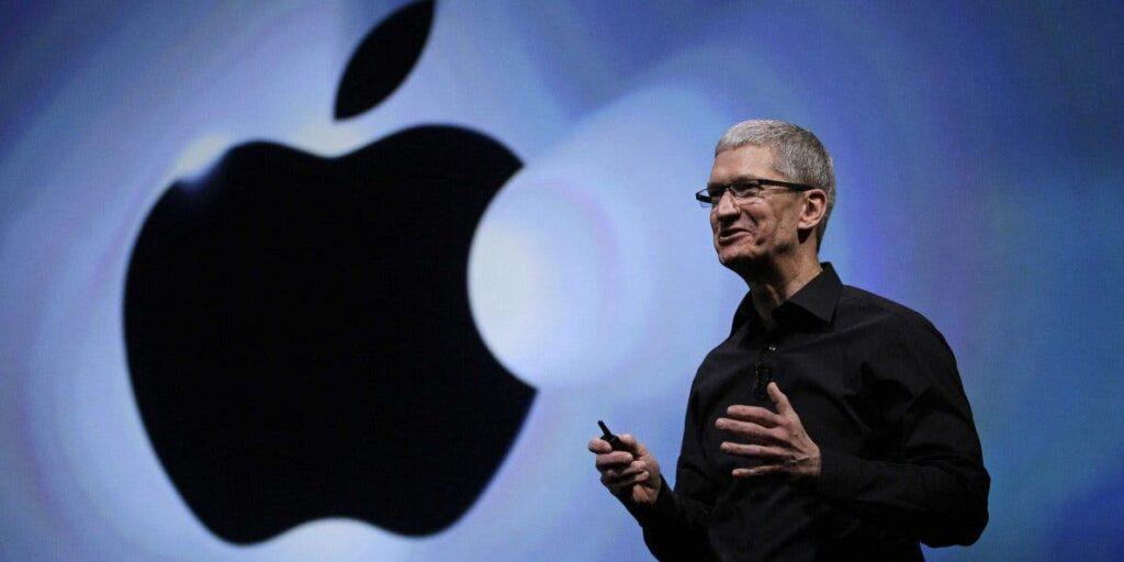 Apple hissedarları