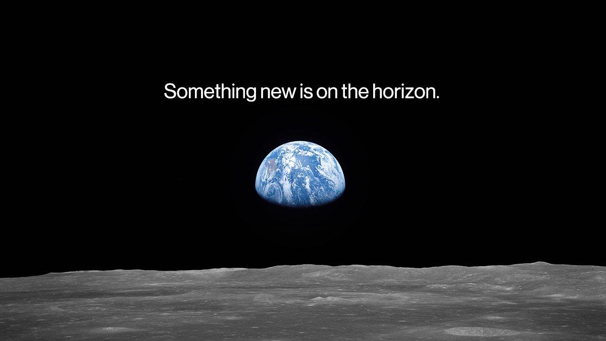 Bu fotoğraf Apollo 11 uzay aracından bir Hasselblad kamerayla çekildi.